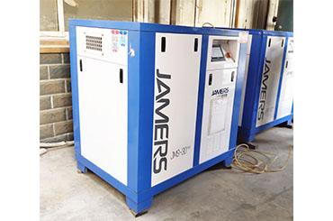 空气压缩机冷却区分为风冷水冷